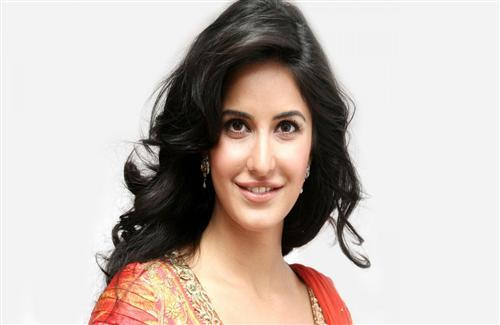 Beautiful Bollywood Actress Katrina Kaif Wallpaper