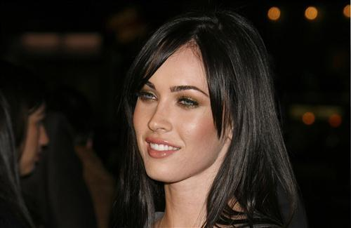 Pretty Cute Hollywood Actress Megan Fox HD Wallpapers