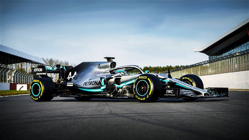 5K Car Wallpaper of Power 2019 Mercedes AMG W10