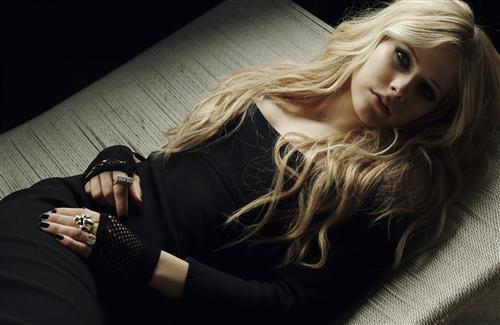 Avril Ramona Lavigne French and Canadian Singer Wallpaper