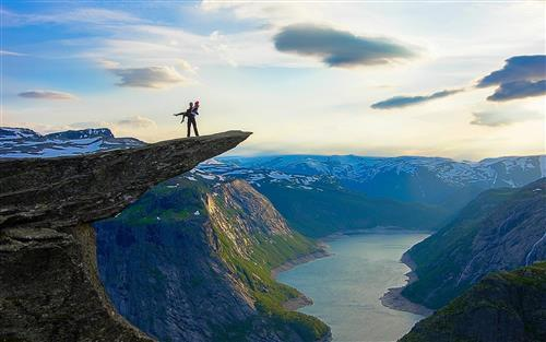 Trolltunga Mountain in Norway Wallpaper