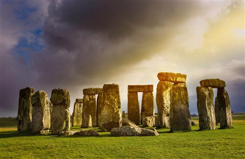 Nice Stonehenge Historical Landmark in England Wallpaper