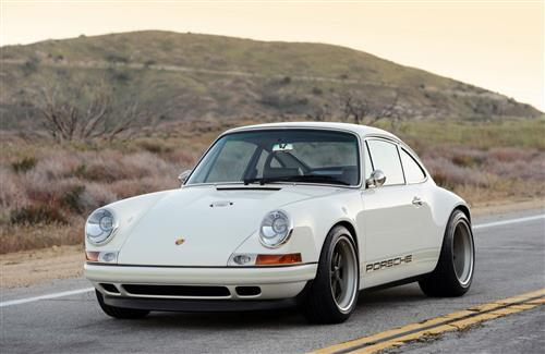 Porshe Old White Car Best Wallpaper