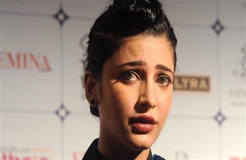Beautiful Actress Shruti Haasan HD Wallpapers