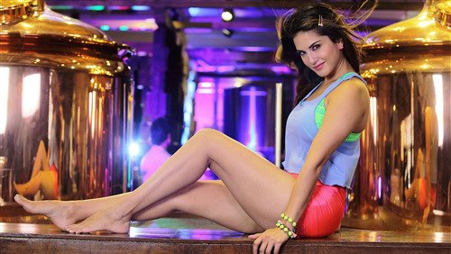 Beautiful Sunny Leone Indian Actress Wallpapers