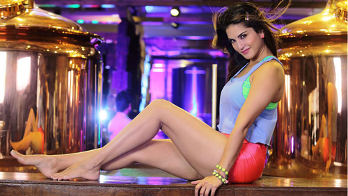 Indian Film Star Actress Sunny Leone