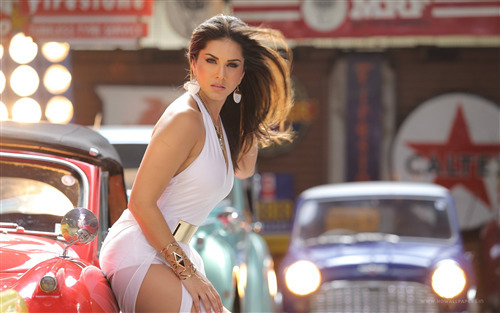 Latest Sunny Leone Wallpapers