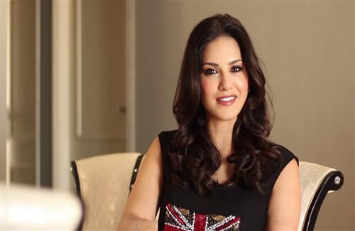 Sunny Leone at Home Photo
