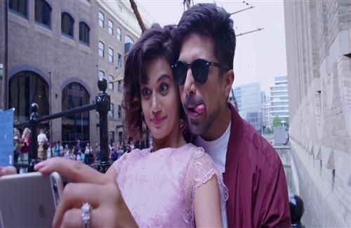 Tapsee Pannu Take Selfie With Saqib Saleem In Movie Dil Juunglee
