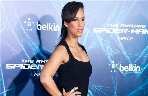 Alicia Keys in Black Dress Photo