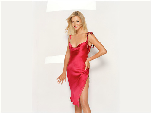 Beautiful Charlize Theron in Pink Dress Wallpaper