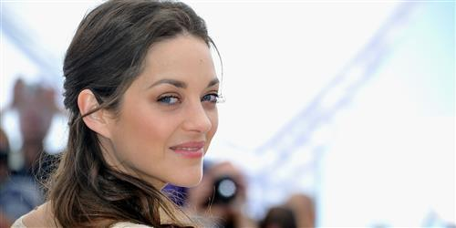 Sexy Eyes of Actress Marion Cotillard HD Wallpapers