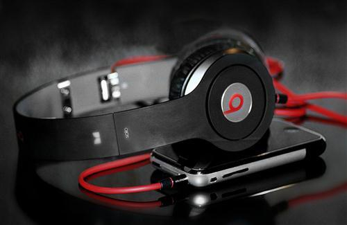 Beats Headphone HD Wallpaper