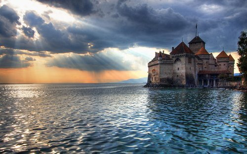 Amazing Chillon Castle in Veytaux Switzerland Wallpapers