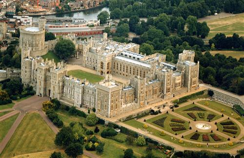 Windsor Castle Royal Residence in UK Point of Interest HD Wallpapers