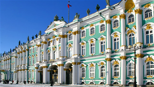 Winter Palace in Saint Petersburg Russia HD Wallpaper