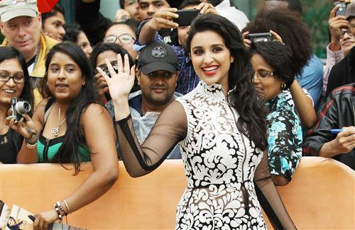 Parineeti Chopra at Award Ceremony Photo