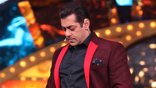 Celebrity Salman Khan in Bigg Boss 4K Picture
