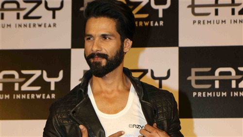 Shahid Kapoor At Launch of EASY Inner Wear 4K Photo