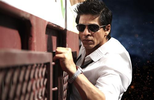 Action Stunt of Shahrukh Khan in Ra One