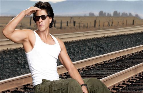 Shahrukh Khan on Rail Track Photo