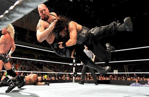 Big Show During the Fight Photo