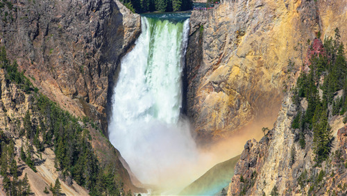 5K Wallpaper of Upper Yellowstone Waterfall in US