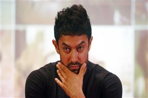 Handsome Look of Aamir Khan Image