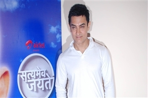 Indian Actor Aamir Khan Wallpaper