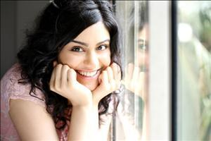 Adah Sharma with Cute Smile