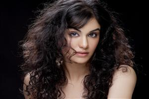 Crazy Hair Style of Adah Sharma