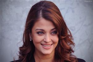 Aishwarya Rai with Cute Smile