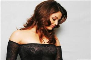 Beautiful Aishwarya Rai in Black Top