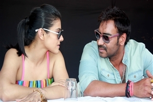 Ajay Devgan and Kajol HD Photo