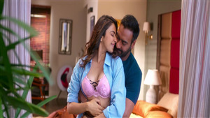 Beautiful Rakul Preet Singh Romance with Ajay Devgan in Film De De Pyaar De