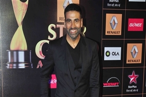 Akshay Kumar in Black Suit Photo