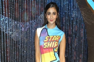 Alia Bhatt Bollywood Heroine HD Wallpapers