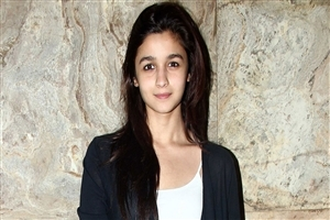 Alia Bhatt without Makeup Photo