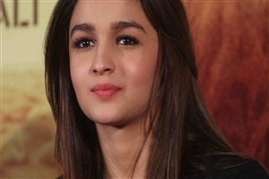 Pretty Cute Alia Bhatt Bollywood Celebrity Wallpapers