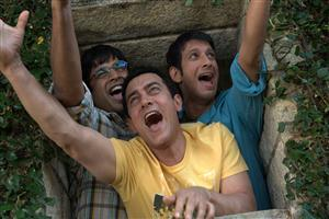 Aamir Sharman and Madhavan in 3 Idiots