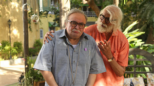 5K Wallpaper of Amitabh Bachchan and Rishi Kapoor in 102 Not Out