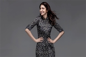 Anushka Sharma Cute and Pretty Actress of Bollywood Wallpaper