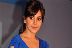 HairStyle of Anushka Sharma Photo
