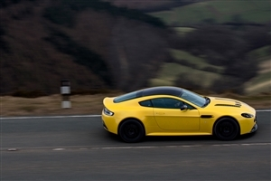 Aston 2015 Martin V12 Vantage S Yellow Car on Road Photos