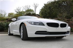 New White E89 BMW Z4 Sporty and Topless Car Wallpapers Download