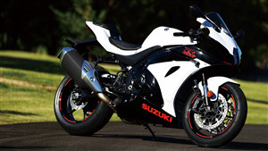 2019 Suzuki GSX R1000 4K Bike Wallpaper
