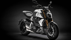 4K Wallpaper of 2019 Ducati Diavel 1260 S Bike