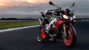 5K Wallpaper of 2019 Aprilia Tuono V4 1100 Factory Bike