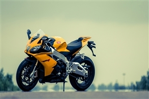 Best Aprilia Yellow Bike HD Photo
