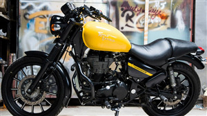 Royal Enfield Thunderbird 500X Yellow Motorcycle